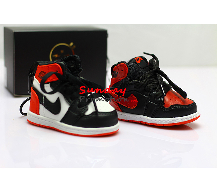 Air Jordan Sneaker Power Banks Fashion AJ1 iPhone Charger for Sports